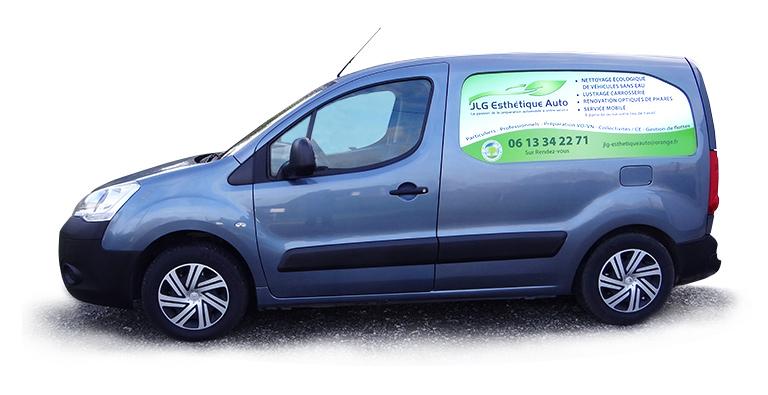 JLG Esthétique Auto implantée à MARZAN dans le Morbihan est une entreprise spécialisée dans le nettoyage et la rénovation esthétique Automobile et Moto